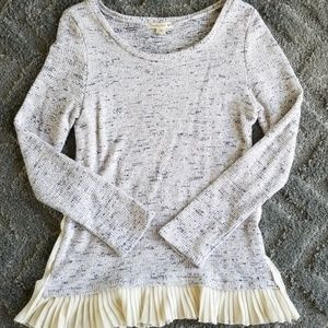 Double Zero Knit Sweater with Adorable Ruff